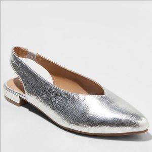 A New Day Silver Pointed V Toe Sling Back Flat 6.5